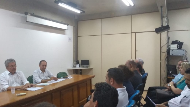 Em reunião com Secretário de Administração, Sindicalistas discutem ampliação da jornada de trabalho e PDV